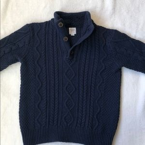 3/$25 GAP boys cable knit sweater w button detail